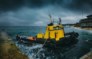 """Одесский """"Летучий Голландец"""" ждет передачи в состав ВМС или сдачу в металлолом (ФОТО)"""