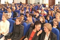 В Одесской области дети раскрасили Днестр (ФОТО)