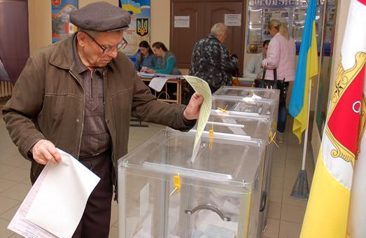 Второй тур выборов определился: туда выходят Зеленский и Порошенко