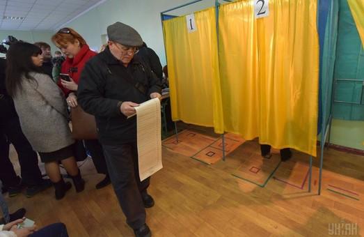 На избирательные нарушения омбудсмену с утра пожаловалось более 200 украинцев