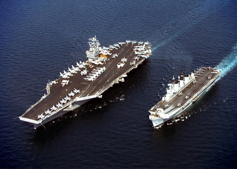 """США включили """"дипломатию канонерок"""" и """"политику большой дубинки"""" против России"""