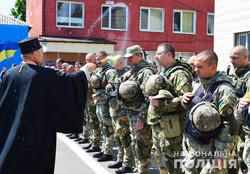 Часть спецназа одесской полиции отправилась в зону боевых действий под Мариуполем