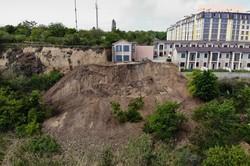 Почему в Одессе ползет берег в районе 411-й батареи и жилых многоэтажек