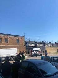Массовые беспорядки в одесской тюрьме: пожары и побег заключенных (ФОТО)
