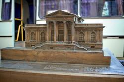 В Одессе рядом с архитектурными памятниками установили их уменьшенные копии