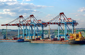 СБУ обнаружила миллионные хищения в порту «Южный»