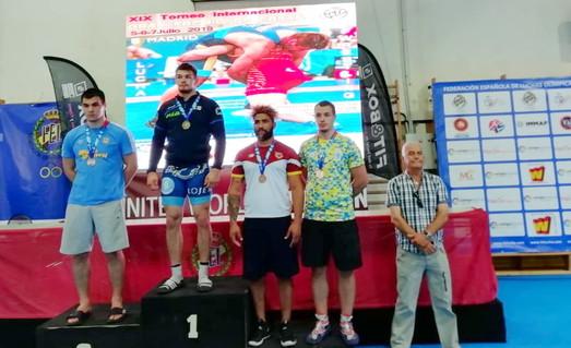 Одессит завоевал серебро на международном турнире по греко-римской борьбе