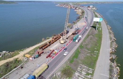 Ремонт моста через Хаджибей намерены завершить к 2021 году