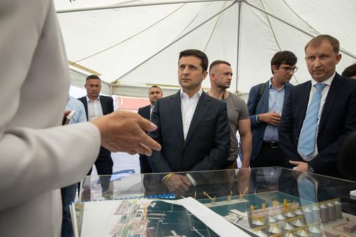 Президент инспектировал одесский порт