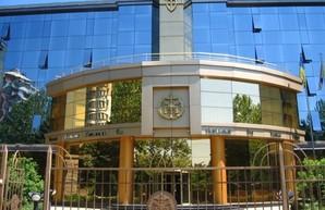 Суд запретил одесским властям распоряжаться территорией аэродрома «Школьный»