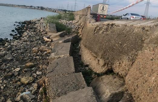 Дамба Хаджибейского лимана пострадала от сильных ливней