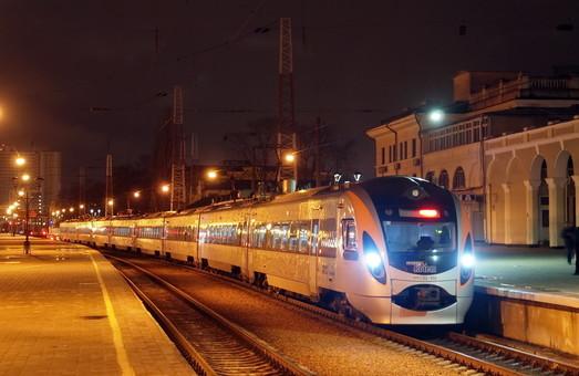 Двух сотрудников «Одесской железной дороги» обвиняют во взяточничестве