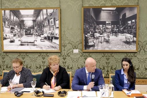Одесский городской голова улетел на конференцию в Великобританию