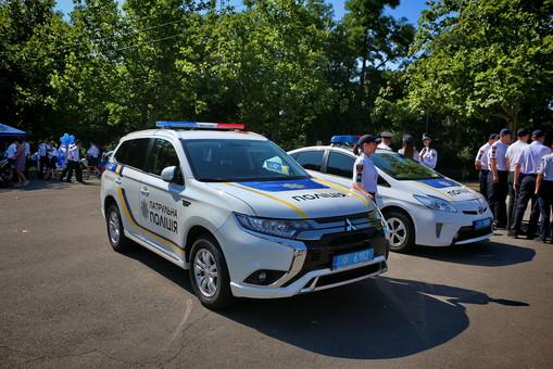 Одесскую патрульную и активистку Зою Мельник уволили из полиции