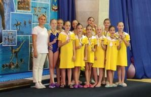 Юные одесские синхронистки стали медалистками чемпионата Украины