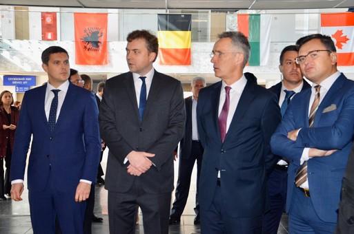 В Одессе состоялась пресс-конференция с участием генерального секретаря НАТО