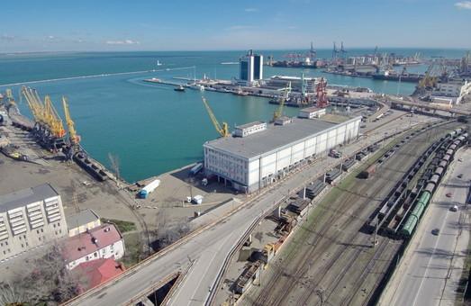 Одесский порт ожидает передача в концессию