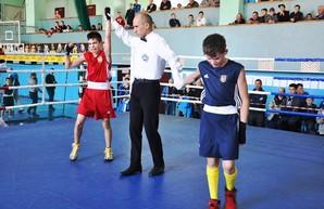 15 медалей привезли одесские школьники с  чемпионата Украины по боксу