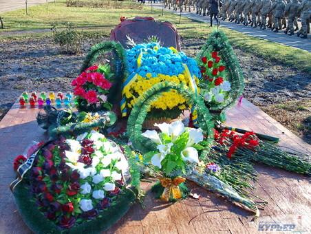 В Одессе открылась выставка, посвящённая памяти украинских воинов, погибших на Донбассе