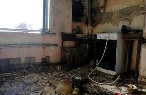 В жилом доме в Одессе спасатели тушили газовый котёл