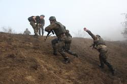 Более сотни новобранцев в Одесской области получили береты морского пехотинца