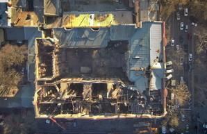 К ликвидации последствий пожара в Одессе привлекли киевских спасателей и экспертов из строительной академии
