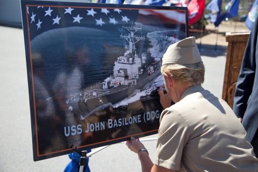 """Для ВМС США провели закладку 72-го ракетного эсминца класса """"Арли Бёрк"""""""