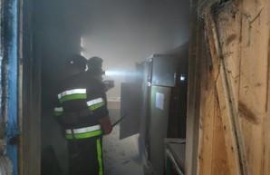 Под Одессой во время уроков загорелась электрощитовая, пристроенная к школе