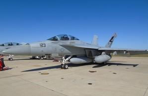 """Авианосные ударные группы США получат ещё более опасных """"шершней"""""""