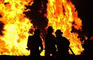 Второй раз за сутки тушат пожар в районе посёлка Большевик