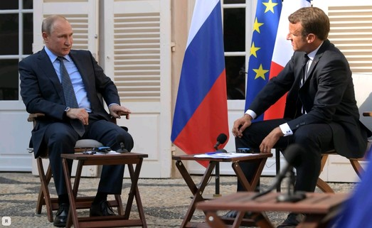 Агентура Кремля во Франции нанесла удар по команде Эмманюэля Макрона