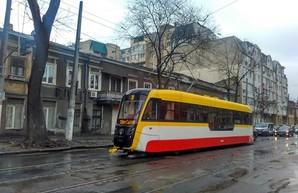 Ураган остановил почти все маршруты электротранспорта Одессы
