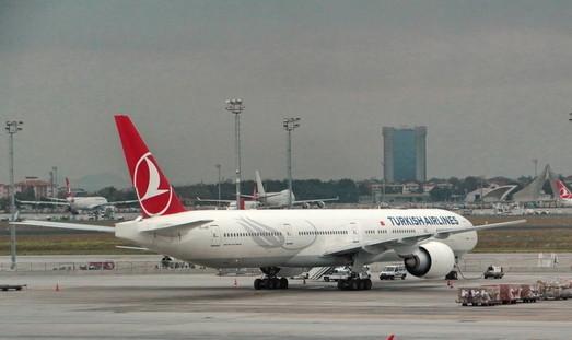 Turkish Airlines временно снизила цены на полёты из Одессы в Стамбул