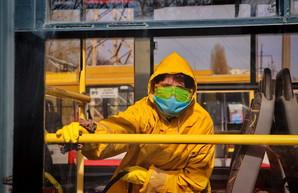 В Украине зарегистрирована первая жертва коронавируса и закрывают границы