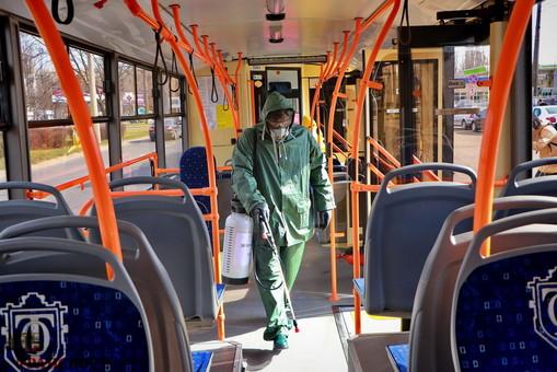 Городской транспорт в Одессе переводят в режим карантина