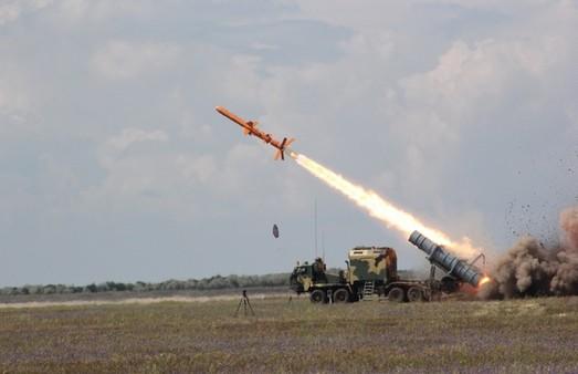 Под Одессой проводят испытания украинского ракетного комплекса Р-360 «Нептун» (ФОТО, ВИДЕО)