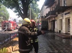 Сильный пожар в центре Одессы