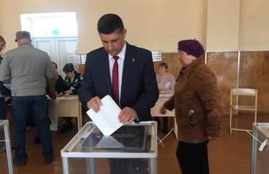 """Мэр Измаила стал """"слугой народа"""""""