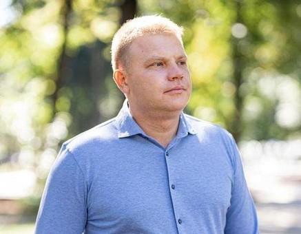 Презентация откладывается: мэр Белгорода-Днестровского подхватил корону
