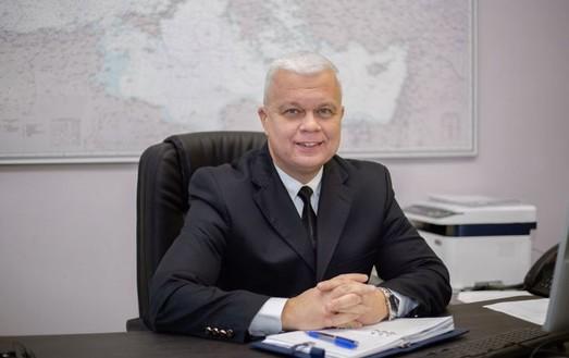 Продержался меньше года: руководитель Морской администрации подал в отставку