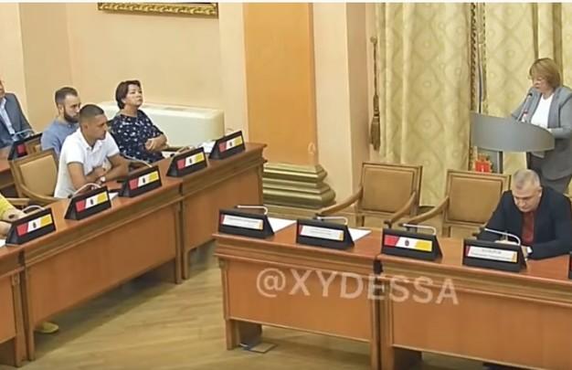 Украинский язык «сломал» одесских депутатов