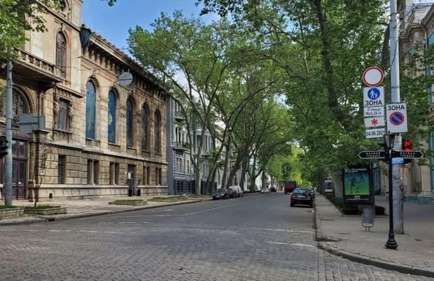 В Одессе в «пешеходную зону» таки будут пропускать продуктовозы